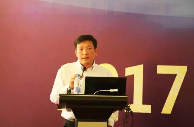 """刘祖国教授指出,华厦眼科的目标应为""""满足人类对视觉的需求(包含视觉损害的基本需求和锦上添花的高品质需求.jpg"""